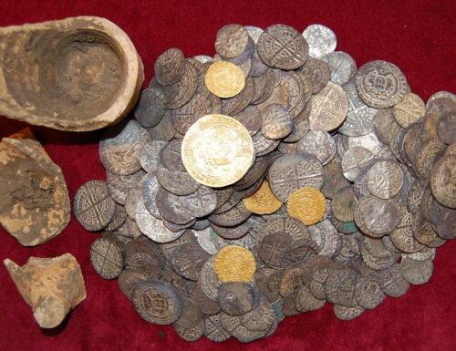 A Treaty Period York Penny of Edward III ex Hoard